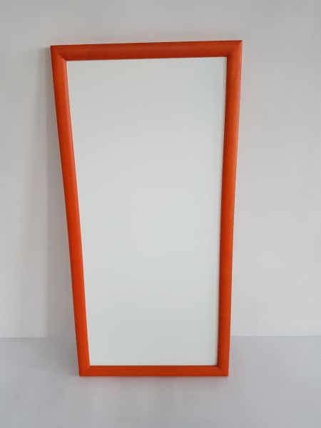 KalaMitica Metallplatte mit orangenem Holzrahmen